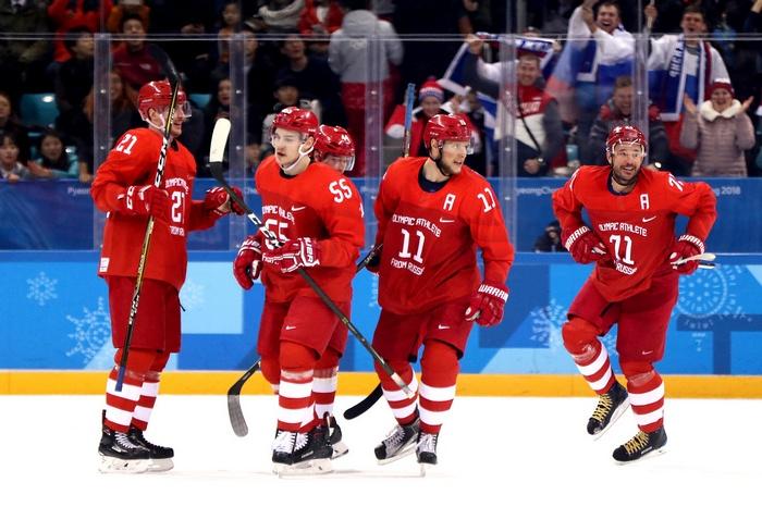 Сборная России по хоккею на ЧМ отметила проигрыш