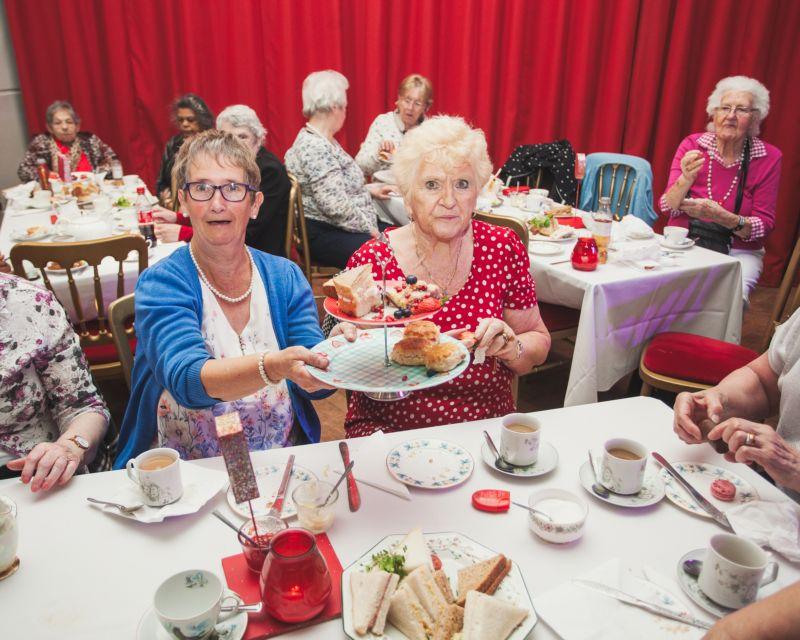 """Ночной клуб для престарелых """"Шикарный"""", где тусят под рокабилли"""