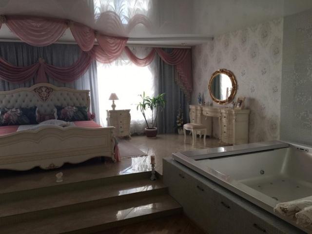 Обыск в доме чиновницы мэрии Новосибирска