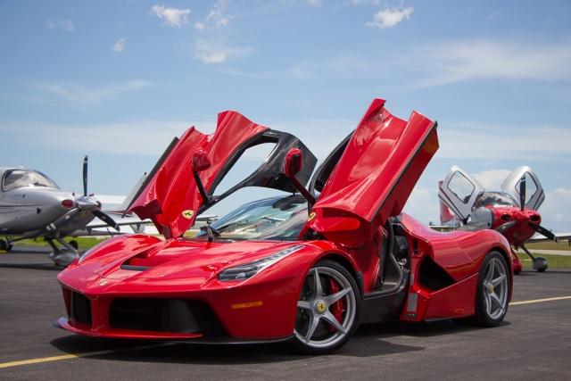 Житель Малайзии сделал своими руками реплику Ferrari LaFerrari