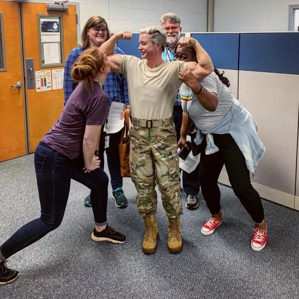 Женщина-терминатор из армии США