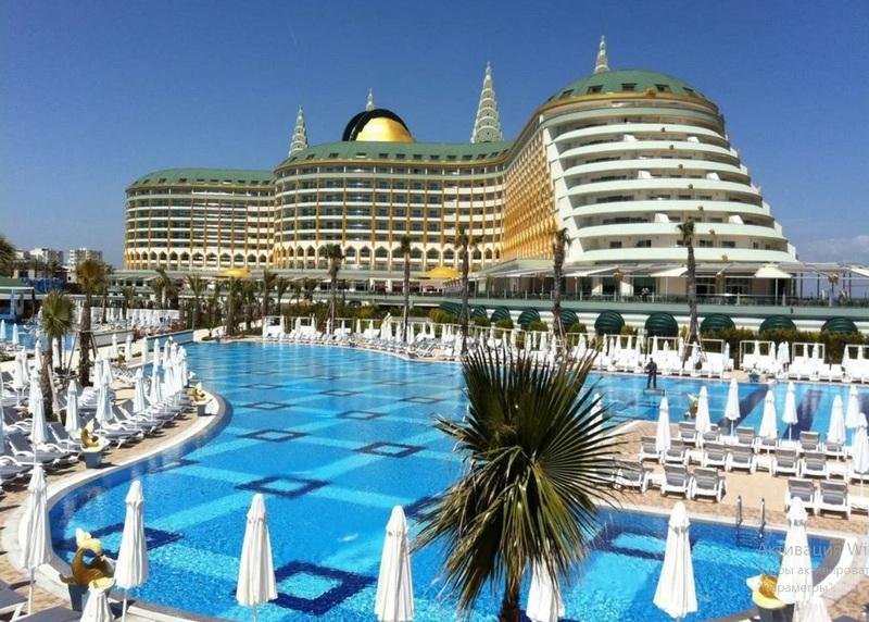 В Турции закрыли отель после вечеринки наших туристов на Пасху
